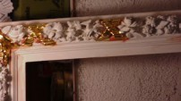 Ramă poleită cu aur pe poliment: Detaliu